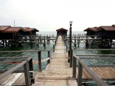 Pulau bidadari - Floating cottage view