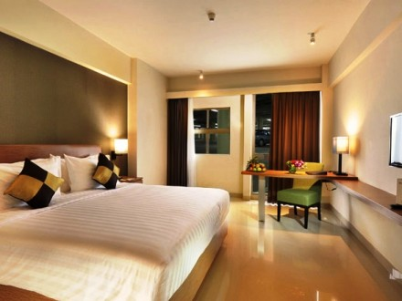 Hotel Discovery Ancol - superior king room