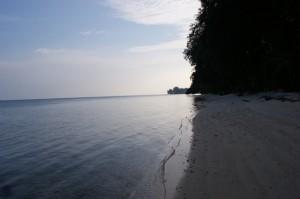 Pulau pelangi - beach